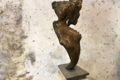 Femme bronze
